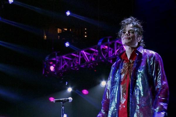 Phim tai lieu ve Michael Jackson cua Sony bi kien hinh anh