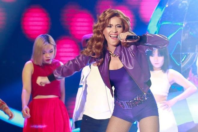 Ai Phuong hoa than Madonna hat 'Hung Up' hinh anh