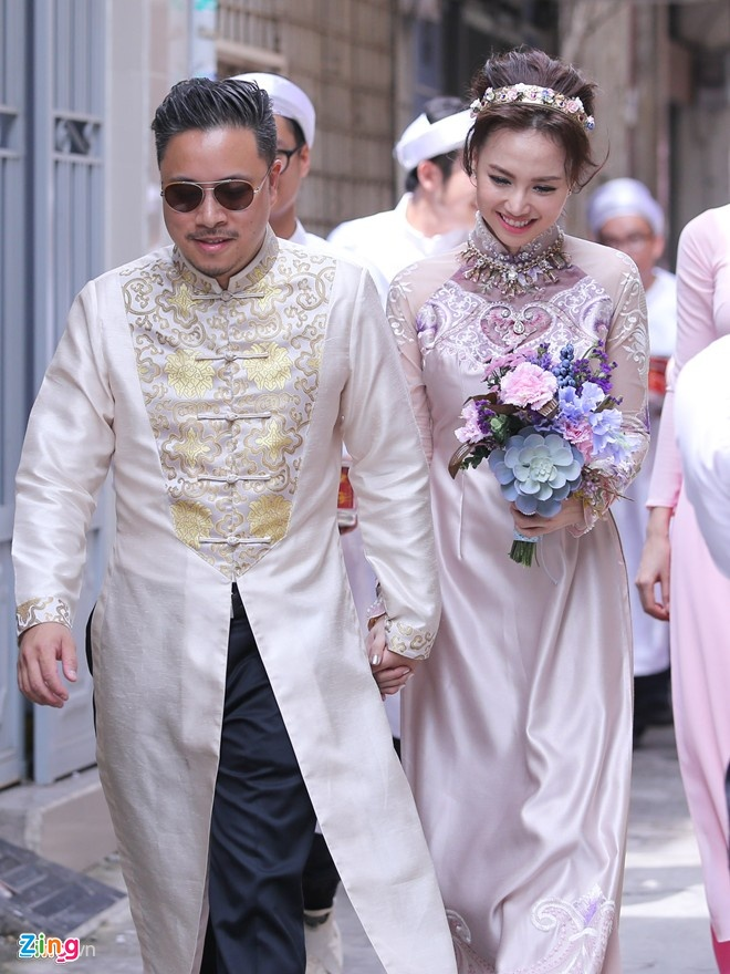 Dong gop tham lang cua Dinh Ngoc Diep o 'Hoa vang, co xanh' hinh anh 1
