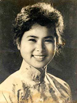 Xuan Quynh: Chuyen doi, chuyen yeu hinh anh 1 Nhà thơ Xuân Quỳnh.