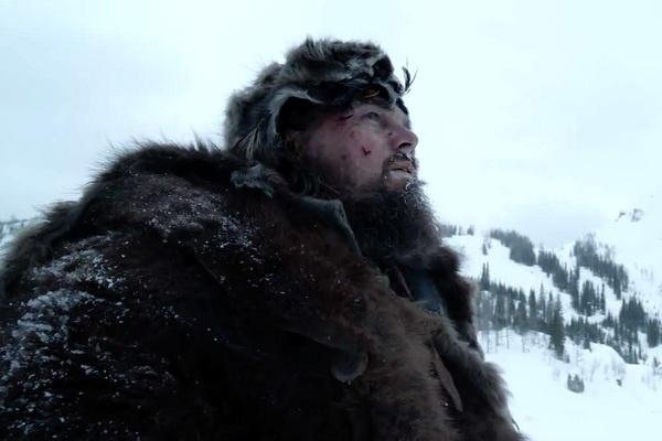 Leonardo DiCaprio ngu giua xac suc vat khi dong phim moi hinh anh