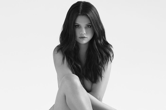 Selena Gomez dan dau Billboard 200 nho album moi 'Revival' hinh anh