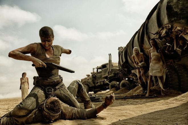 Warner Bros. dua 'Max Dien' toi duong dua Oscar hinh anh