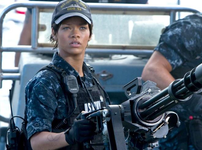 Rihanna tham gia bom tan khoa hoc vien tuong 'Valerian' hinh anh 2