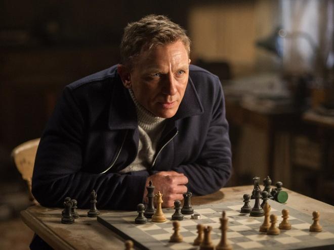 Diep vien 007 giai cuu phong ve Bac My hinh anh 1 Sau thành công của Skyfall, Spectre đứng trước áp lực doanh thu rất lớn. Cả hai tập phim đều do đạo diễn Sam Mendes thực hiện.