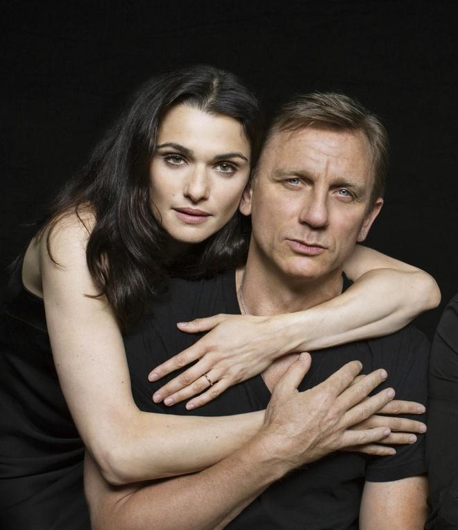 Nguoi phu nu dung sau 'James Bond' Daniel Craig hinh anh 1