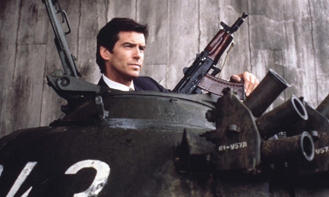 Pierce Brosnan che bom tan '007: Spectre' qua dai dong hinh anh 1