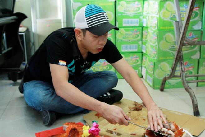 Bo doi Thai Hoa - Johnny Tri Nguyen khoi quay 'Fan cuong' hinh anh 5