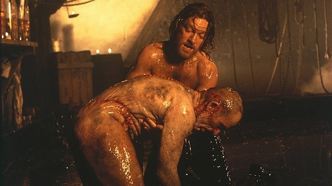 Phim quai vat 'Victor Frankenstein': Binh moi, ruou cu hinh anh