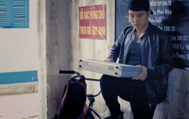 'Hung Ali': Khi Ung Hoang Phuc dong phim hanh dong hinh anh 2 Hùng Ali mang hơi hướm của các bộ phim xã hội đen Hong Kong trong quá khứ.
