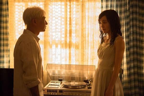 'Ke san bong dem': no luc moi cua Anh de Truong Gia Huy hinh anh 3 Câu chuyện tình của phim ban đầu thú vị, nhưng càng về sau càng lê thê
