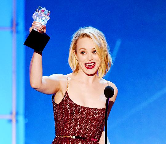Critics' Choice Award khien cuoc dua Oscar them cang thang hinh anh 1
