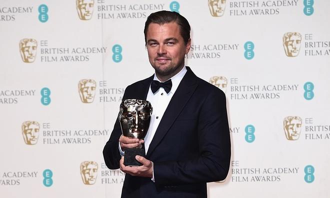 Leonardo DiCaprio lan dau nhan giai 'Oscar nuoc Anh' hinh anh 1