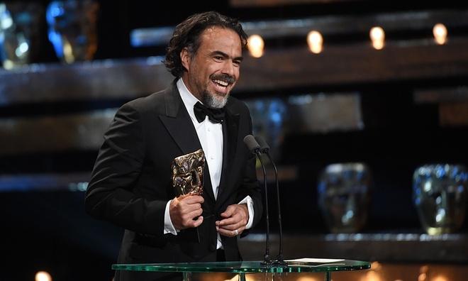 Leonardo DiCaprio lan dau nhan giai 'Oscar nuoc Anh' hinh anh 2