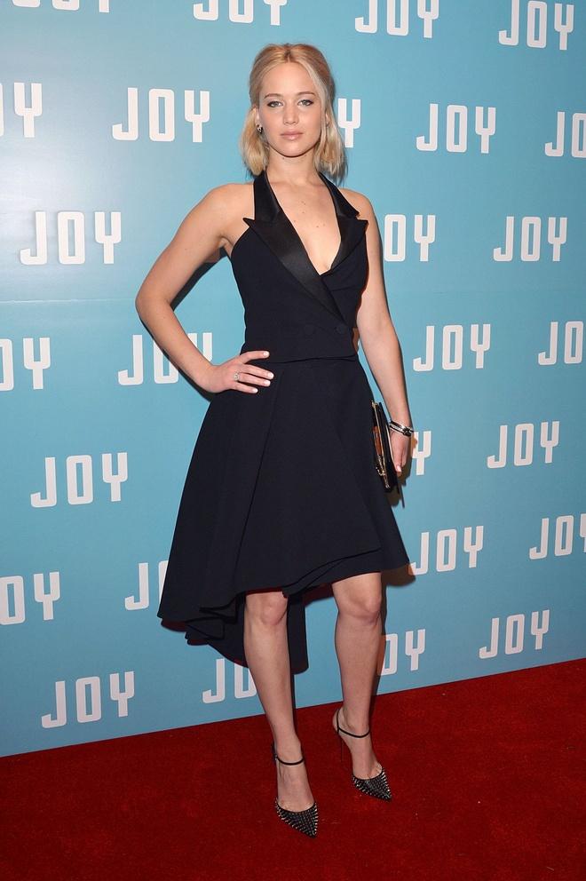 Jennifer Lawrence kiem tien gioi nhat nhom de cu Oscar 2016 hinh anh 1