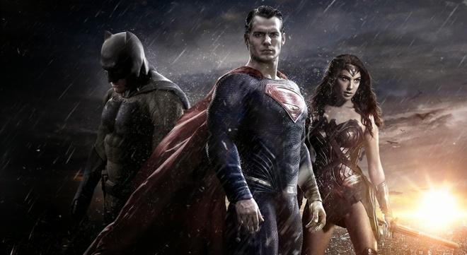 'Batman v Superman': Canh bac tien ty cua Warner Bros. hinh anh 2
