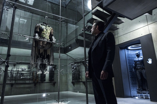 'Batman v Superman' pha tan hang loat ky luc phong ve hinh anh 2