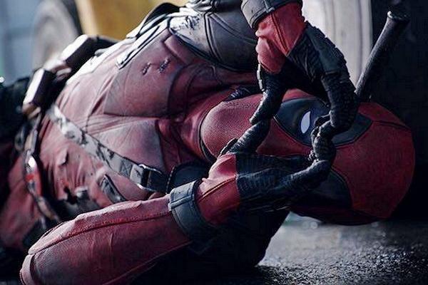 'Deadpool' tro thanh phim 17+ an khach nhat moi thoi dai hinh anh