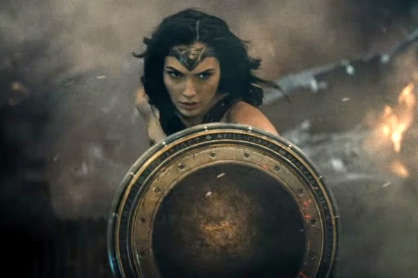 'Wonder Woman' ra rap som hon du kien hinh anh