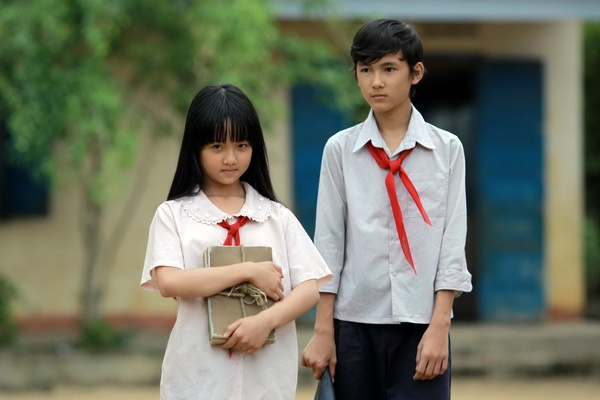Canh dieu vang 2015: 'Hoa vang co xanh' khong co doi thu hinh anh