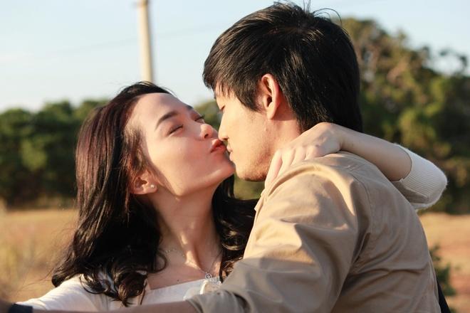 'Bao gio co yeu nhau': Man trinh dien xuat sac cua Minh Hang hinh anh