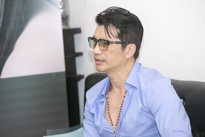 Dustin Nguyen noi ve chu 'trinh' khi ve Viet Nam lam phim hinh anh 3