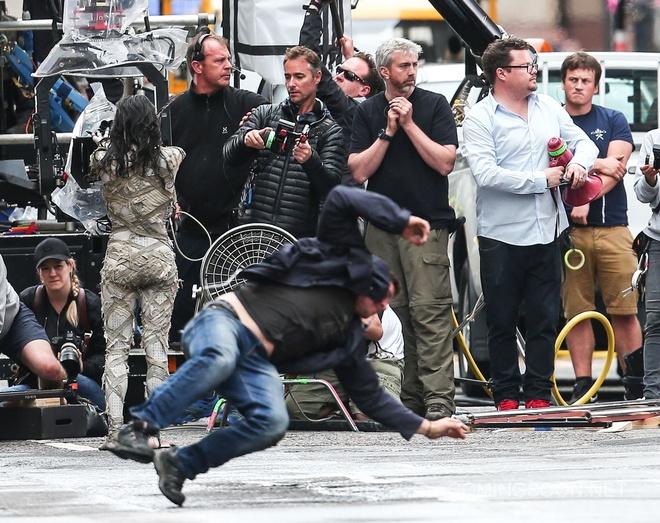 Nu hoang xac uop trong bom tan cua Tom Cruise lo dien hinh anh 5