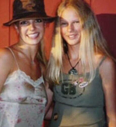 Britney Spears quen la da gap Taylor Swift hinh anh 2
