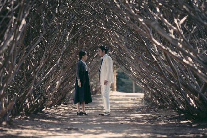 review phim Co hau gai anh 3
