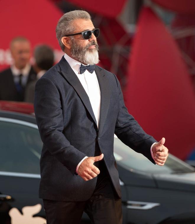 Mel Gibson goi phim Batman v Superman la 'rac ruoi' hinh anh 1