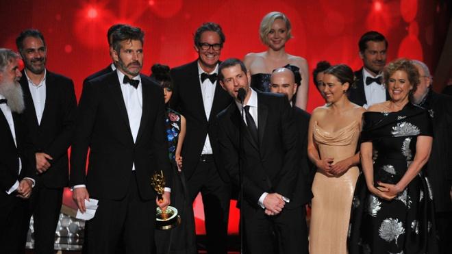 'Tro choi vuong quyen' thong tri giai thuong Emmy lan thu 68 hinh anh 1