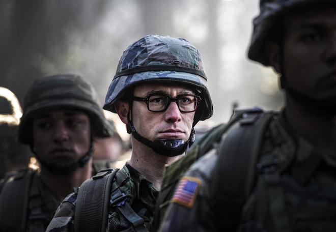'Snowden': Ke phan boi nuoc My khien ca the gioi rung dong hinh anh 4