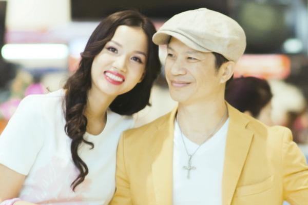 Dustin Nguyen - Bebe Pham mang 'Trung so' toi du LHP Kim Ke hinh anh