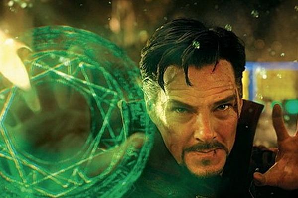 Benedict Cumberbatch suyt mat vai sieu anh hung Marvel hinh anh