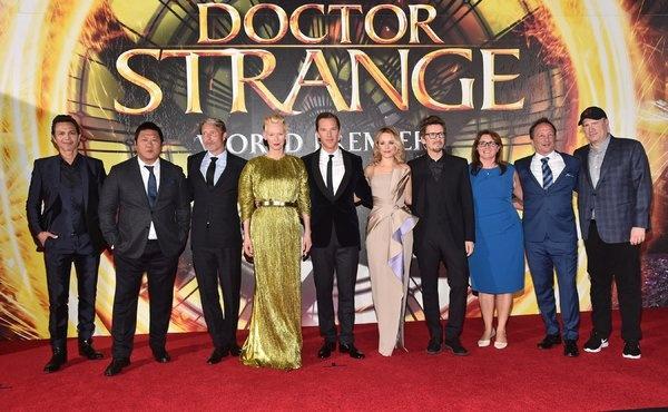 Doan phim Doctor Strange phan phao cao buoc 'tay trang' hinh anh 1