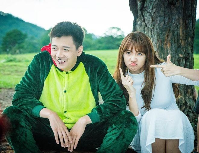 Phim cua Phuong Trinh chieu som, Hari Won lo hen khan gia hinh anh 2