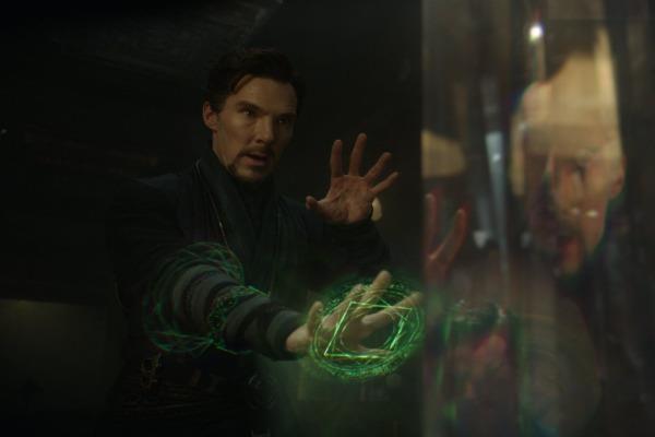 'Doctor Strange' chua co doi thu tai phong ve Bac My hinh anh
