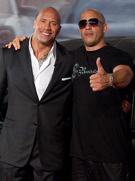 The Rock khong hoi han khi chi trich Vin Diesel hinh anh 1