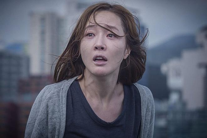 Phim cua D.O. (EXO-K), Park Shin Hye an khach nhat Han Quoc hinh anh 2