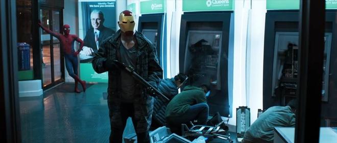 Nguoi Nhen doi dau nhom Avengers rom trong trailer dau tien hinh anh 1