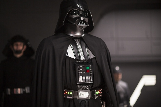 Nhung dieu thu vi ve bom tan 'Star Wars' moi hinh anh