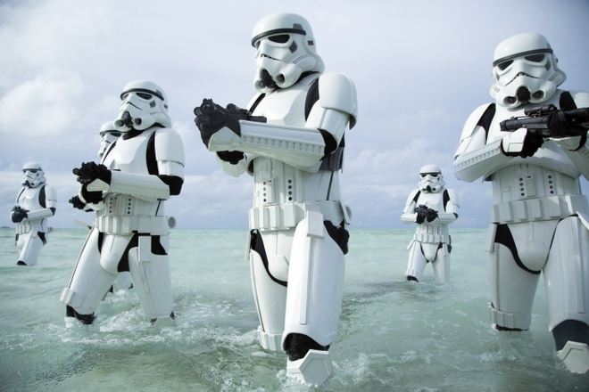 Phim 'Star Wars' moi co the thu 300 trieu USD sau ba ngay hinh anh