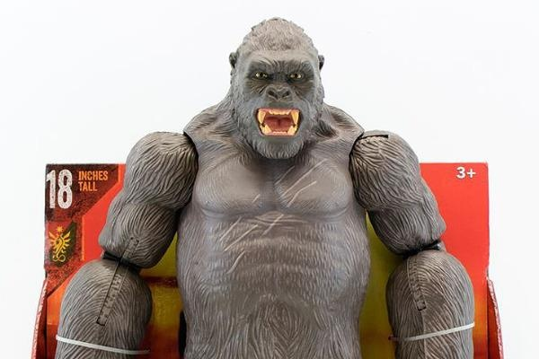 Quai vat trong 'Kong: Skull Island' lo dien qua loat do choi hinh anh