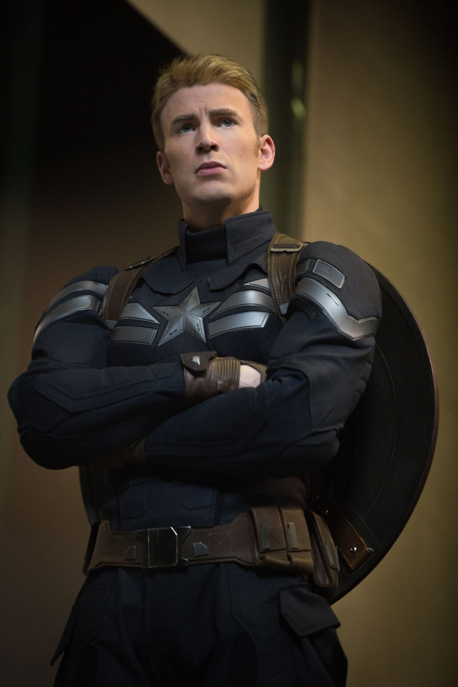 Chris Evans lap lung ve tuong lai cua Captain America hinh anh 1