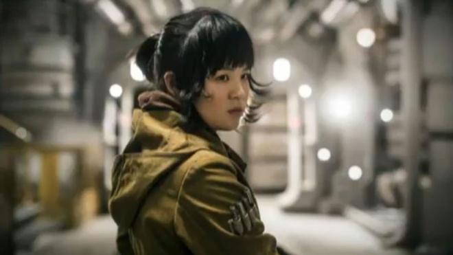 Sao goc Viet trong 'Star Wars VIII' khien fan hoai nghi hinh anh