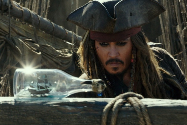 Johnny Depp la nguoi cho doi 'Cuop bien Caribbean 5' nhat hinh anh 2