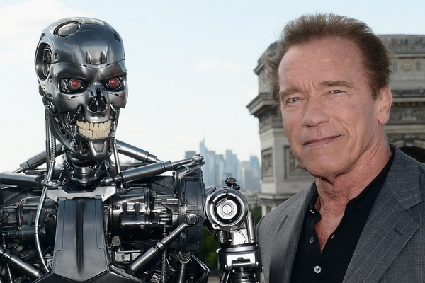 Arnold Schwarzenegger xac nhan tiep tuc dong 'Ke huy diet' hinh anh