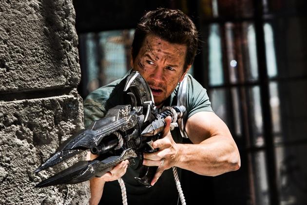 Mark Wahlberg chia tay loat bom tan 'Transformers' sau phan nam hinh anh 1