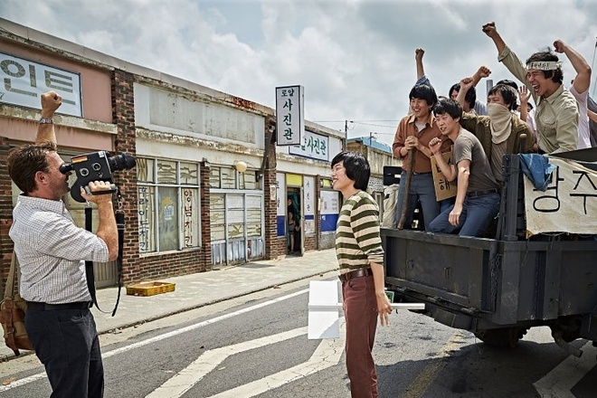 Phim ve vu tham sat Gwangju gay bao tai phong ve Han Quoc hinh anh