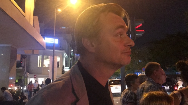 Dao dien Christopher Nolan cua bom tan The Dark Knight du lich Sai Gon hinh anh 1